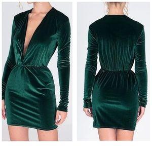 Dresses & Skirts - Forest Green Plummet Dress